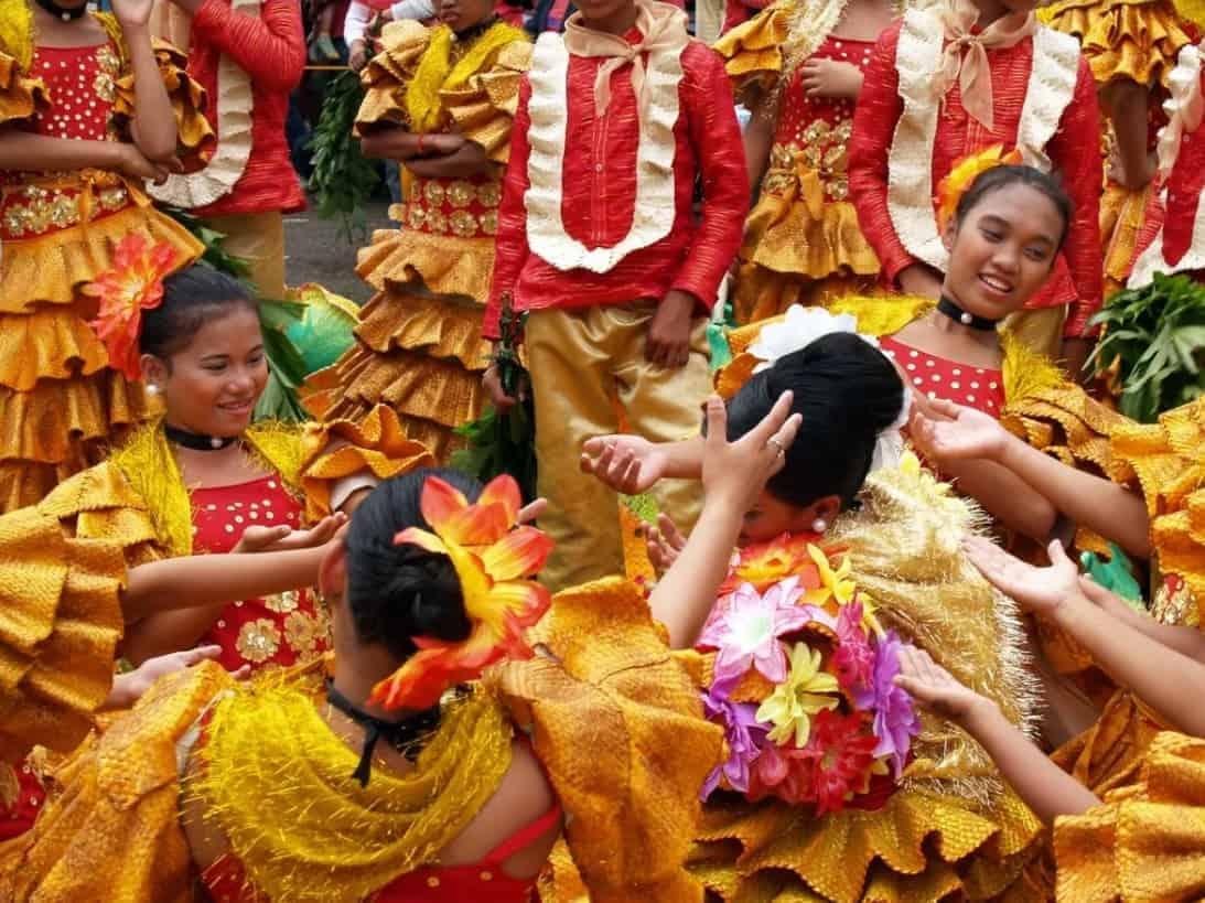 Kids Having fun with their sinulog custome